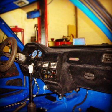 Geflockt dashboard Peugeot 106